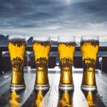 今更聞けないプレミアムビールとは?歴史・比較を確認。ギフトに最適で贅沢気分が味わえる