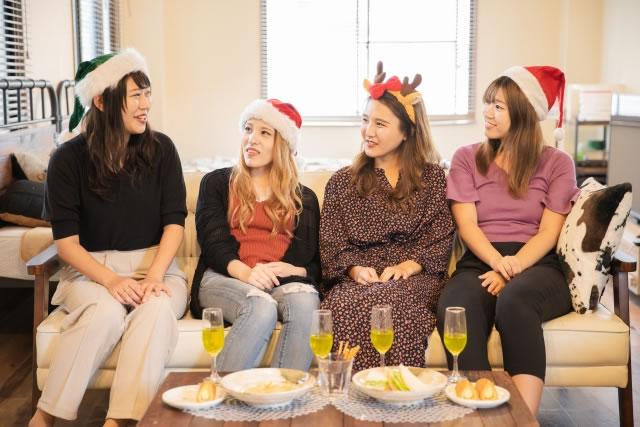 クリスマスのホームパーティー